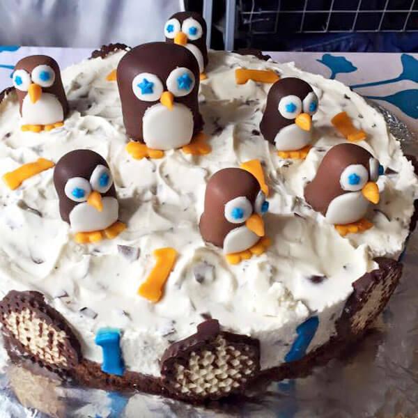Pinguin-Torte zum Kindergeburtstag